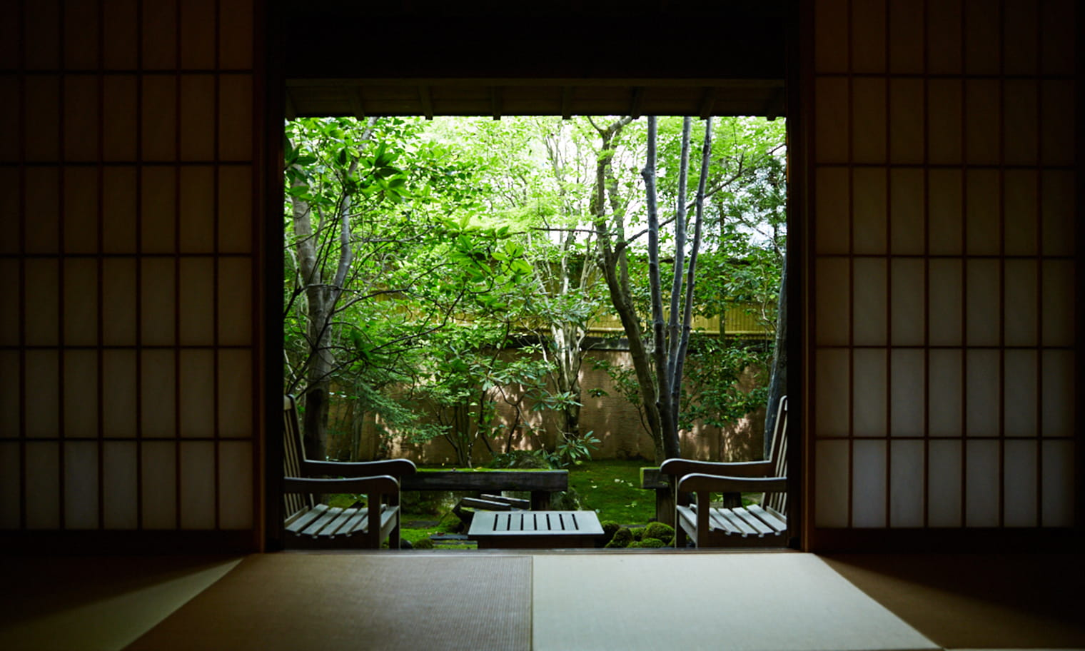 草庵秋桜 離れ二階屋 内装イメージ
